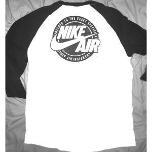 Nike Raglan Baseball Tee, L